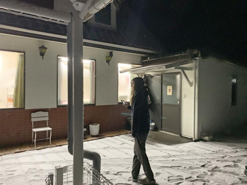 雪の夜に活躍する、ほ〜先輩